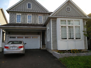 4 bedroom house for rent in Oshawa