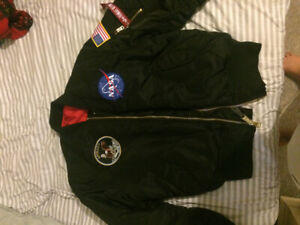 b63510964 Alpha Industries Bomber | Kijiji - Buy, Sell & Save with Canada's #1 ...