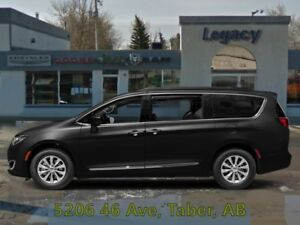 2019 Chrysler Pacifica Touring-L Plus 2WD  - $160.69 /Wk