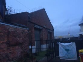 Office / Studio/ Wharehouse / Industrial Unit to Let Arwick Green Manchester