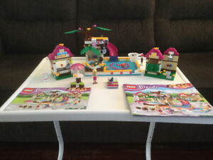 LEGO friends-41008-heart lake swimming pool-excellent condition