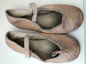 ANGELO LUZIO Childrens Ballet Shoes / Slippers Approx Size 12-13