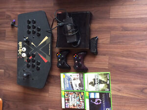 Xbox 360 with 4 games,and an arcade piece LOW PRICE