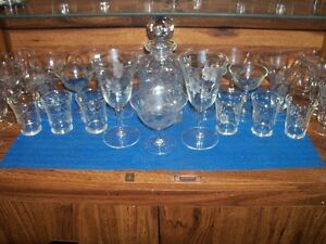 Floral Pattern Crystal Glassware Set