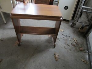 End/Book Table