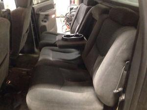 Cloth Seats for 03-06 Chevy / GMC Crew Cab London Ontario image 4