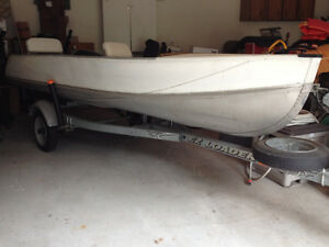 14' Aluminum Fishing Boat with Motor