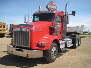2009 Kenworth T800, Used Day Cab Tractor