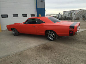 1969 Dodge Superbee with custom touches
