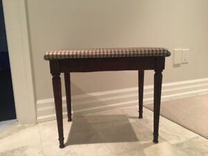 Small Entry/Piano Bench
