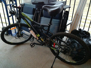 Diadora T Mountain Bike 19 Inch 3 Month Old, Excellent Condition
