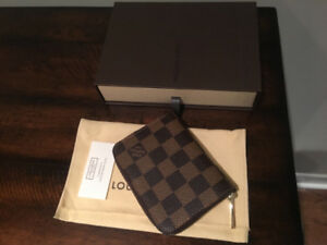 Louis Vuitton Zippy Coin Purse - authentic