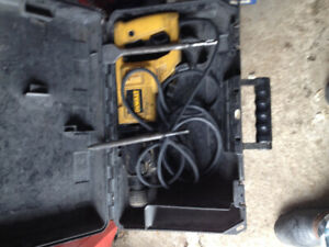 Dewalt rotary hammer drill with two chisels