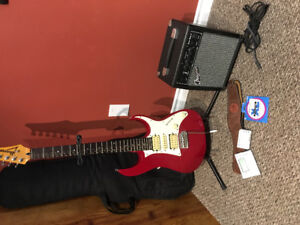 Ibanez Electric Guitar with Traynor Practice Amp