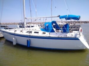 1984 Hunter 34 for sale - a lot of boat for the money