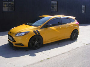 2013 Ford Focus ST - 75000 KM- WE FINANCE- FULLY LOADED