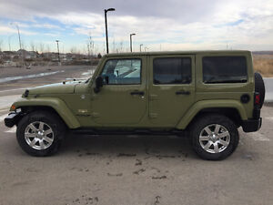 2013 Jeep Wrangler Unlimited Sahara PRICED TO SELL