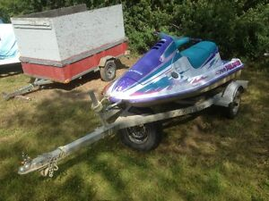Polaris 3 Seater, Engine runs perfect ! 2004 Trailer.