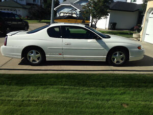 2002 Chevrolet Monte Carlo Coupe (2 door)