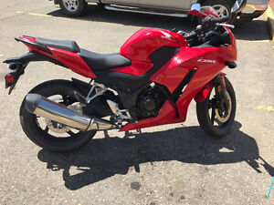 Honda CBR 300 R with All Motorbike Gears Included