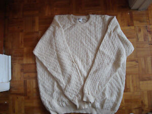 Cashmere and Ultrafine wool White sweater size large West Island Greater Montréal image 2