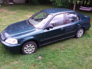 Honda civic 2000, 194,000km 1000$
