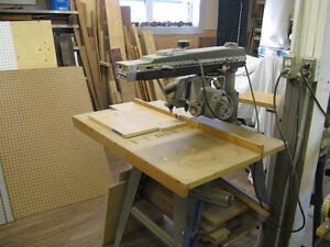 Black & Decker Radial Arm Saw
