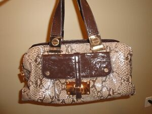 NINE WEST PURSES - NEW, NEVER USED! (WITH TAGS)(PAID $79) London Ontario image 8