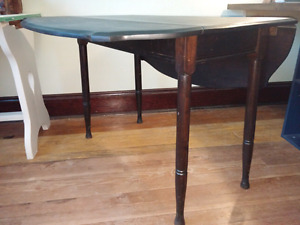 Beautiful Antique folding table solid wood dining kitchen table