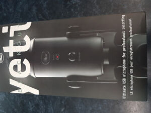 Yeti Microphone - Blackout - Brand New