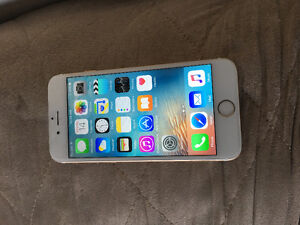 Apple iPhone 6 - 16gb gold with tbaytel/Rogers mint condition