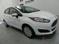 2014 Ford Fiesta SE   - CD Player