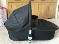 Icandy Apple to pear carrycot used few times like new