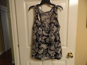 Ladies Swimsuit Tops & One-Piece Swimsuit - Good Condition