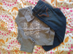 Size 4t girls outfits (3 sets)