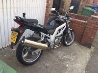 Suzuki sv 650 only 8000 miles mint con £1350