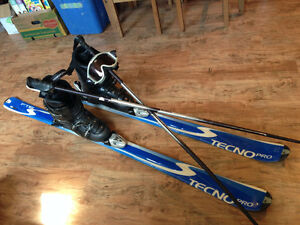 Set of FTS Tecno Pro 170cm Skis, Boots, Poles and Goggles