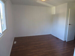 Clean, newly renovated townhouse for Rent – Available Aug 1,2016