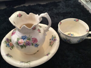 Antique jug, bowl and matching potty