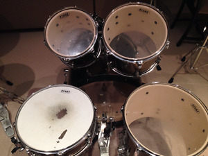 Selling 5-piece drumset