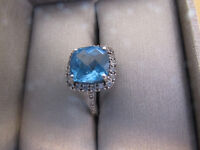 10 K White Gold Blue Topaz Ring With Diamond Accents BRAND NEW !