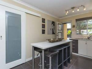 NEAT RENOVATED UNIT FANTASTIC LOCATION Yokine Stirling Area Preview