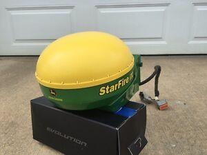 John Deere Starfire iTC Antenna