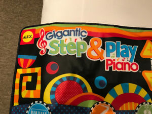 Piano géant (Step and play) Marque Alex