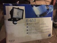 SECURITY FLOODLIGHT 500W , BRAND NEW NEVER USED IN BOX