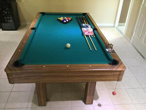 "Table de billard / Table de pool  46""x 84"""