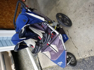 Double BOB baby/toddler stroller