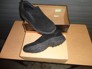 Men's Black Suede Walking Shoes