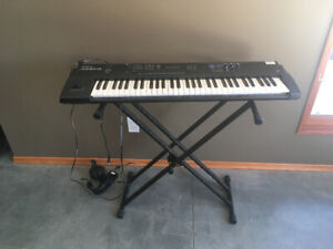 Roland Juno-D Electric Keyboard