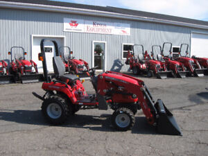 New Massey Ferguson 23hp Tractor with Loader - GC1705
